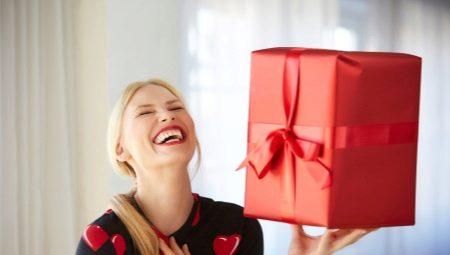 Интересни подаръци за жени